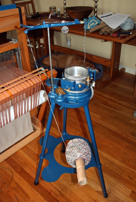 Jumbo ball feeding a circular sock machine